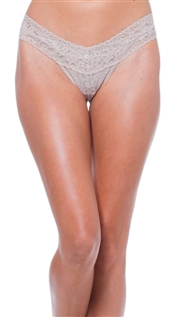 Hanky Panky Signature Lace Champagne Low Rise Thong