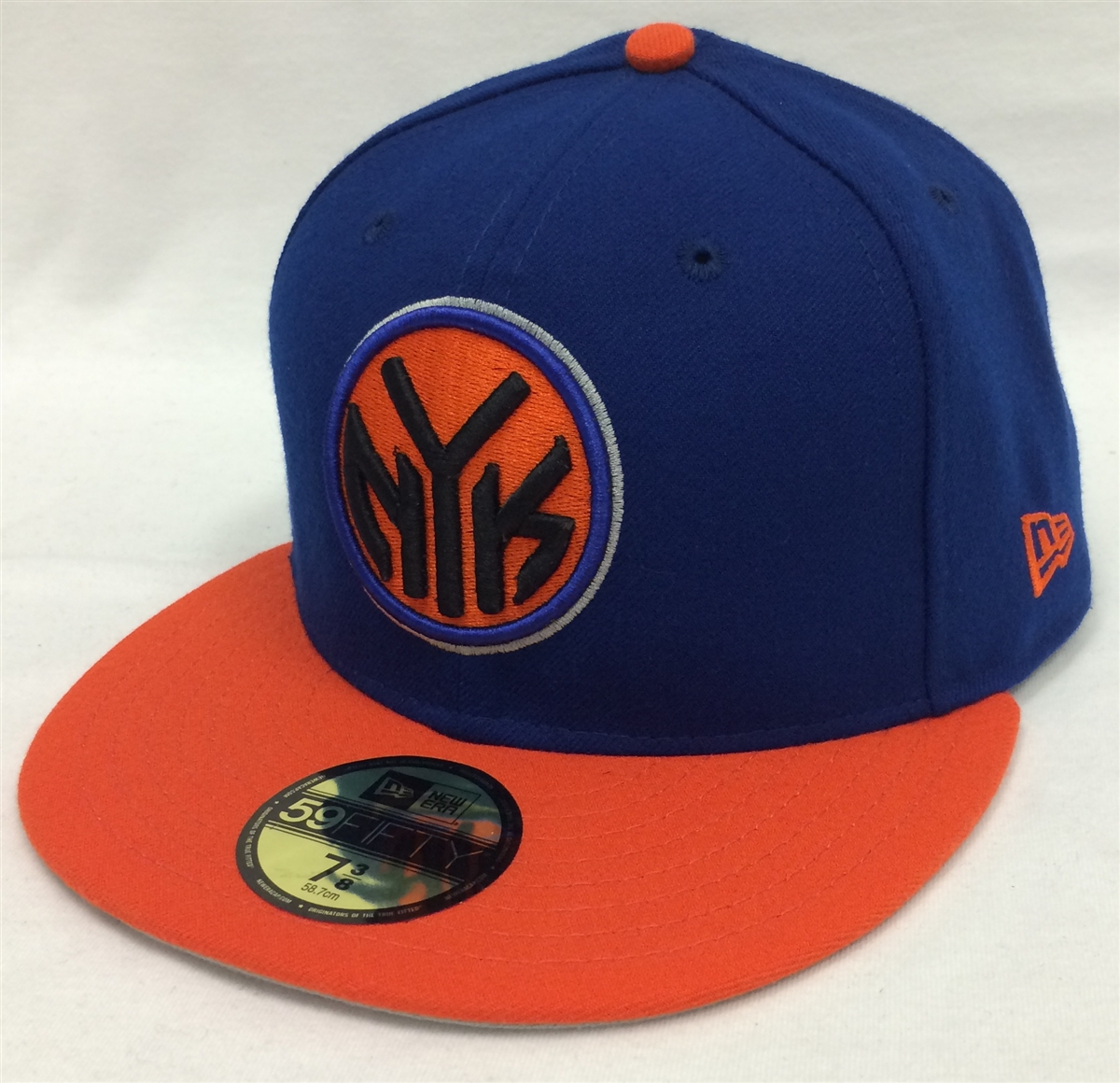 307c4c894c1 New Era 59Fifty Token Logo New York Knicks Blue   Orange Fitted Cap