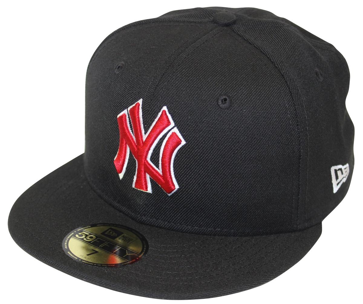 67c4976524b New Era 59Fifty MLB Basic New York Yankees Black   Red Fitted Cap