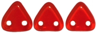 CzechMates Two Hole Trangles 6mm: CZT-9008 - Siam Ruby