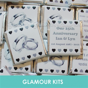 50 PERSONALISED CHOCOLATE WEDDING FAVOURS SILVER RINGS