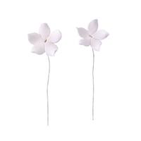 Small Gum Paste Pointy Stephanotis On A Wire