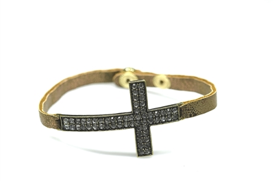 AB2006 LEATHER Hammered Cross  BRCLT