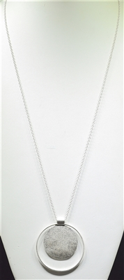 HN362 HAMMERED DOUBLE CIRCLE NECKLACE
