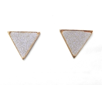 SBE-14 SANDBLAST TRIANGLE EARRING