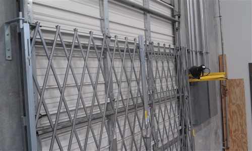 Galvanized Accordion Security Dock And Door Gates Choose Sizes Within