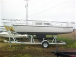 Catalina 22' Fixed Keel Sailboat with Trailer