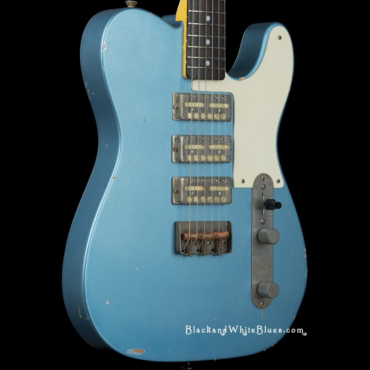 Nash Guitars GF-3 Light Distress in Ice Blue - Black and White Blues ...