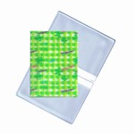 Lenticular business card holder with green and white checkered pattern, depth