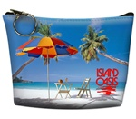 Lenticular zipper purse with palm trees, umbrella, and lawn chair appear on a tropical Hawaiian beach, flip