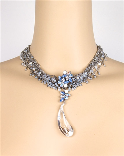 Swarovski Crystal Pendant Necklace with Silver Chains by KennyMa