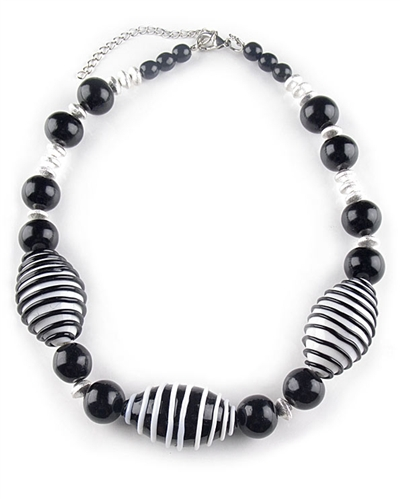 Black & White Murano Glass Bead Necklace by Farfallina