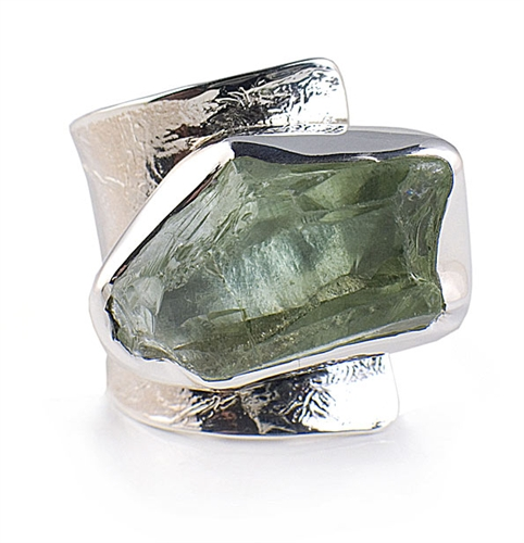 Solid Sterling Silver Ring with Green Quartz Gemstone by Elefteriu