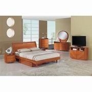 Global Furniture Emily King Bed in Cherry [EMILY(B86)-CH-KB]