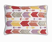 Imax, Moving Arrow Pillow (86037)