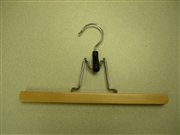 Proman Poducts, Flat Skirt Hanger with no Felt, Natural/Chrome [GNS8806]