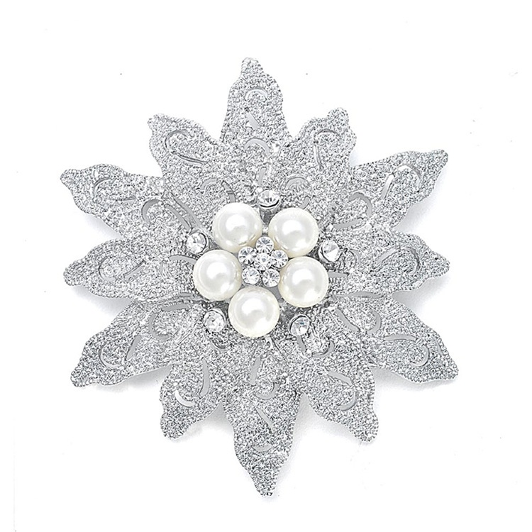 Bold Etched Flower Bridal Pin<br>980P