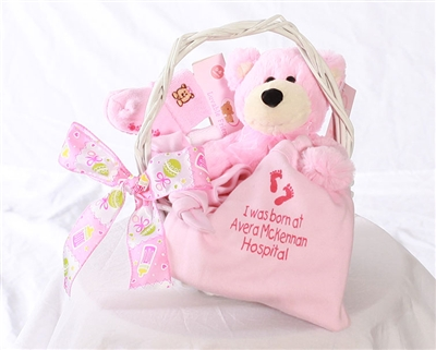 Baby Girl Basket (sm)