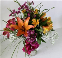 4 Feature Flower Arrangement