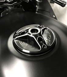 Hayabusa GSXR 600/750/1000 Custom Black Anodized 3D Hole Shot Fuel Lid/Gas Cap w/Silver Ring Cut Edges
