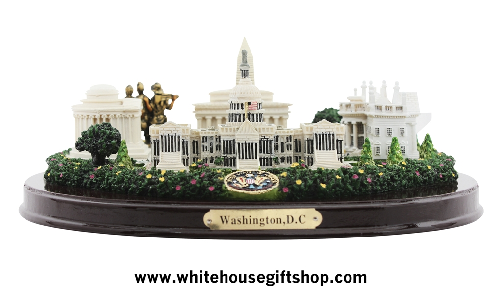 Model with White House, Jefferson, Lincoln & Vietnam Memorials, Wood ...