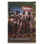 Vietnam Memorial Soldiers with USA Flag