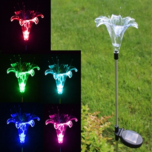 Solar Color-Changing Lily Flower Garden Stake Light | www.solascape.com