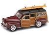 1:18 Ford Woody '48 w-Surfboard