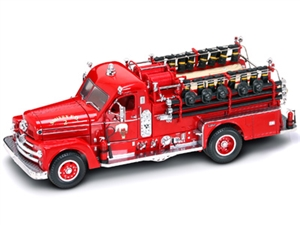 1:24 Seagrave Model 750 '58 Fire Engine