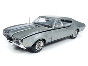 "1:18 Olds Cutlass Hurst Olds ""Class of 68"" (50th Anniversary)"