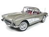 1:18 Chevrolet Corvette Hard Top '61 (MCACN)