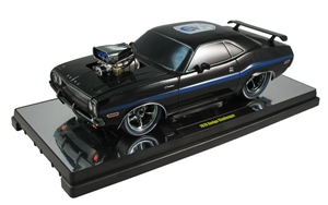 1:18 Dodge Challengers '70 Ground Pounders (75th Anniversary)