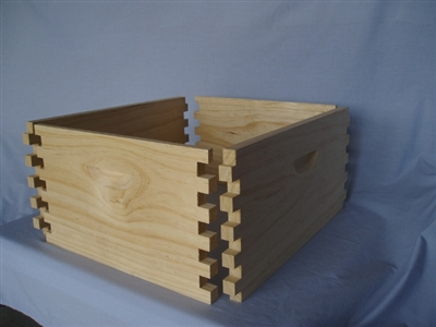 8 frame Dovetailed full depth super first grade 1-9