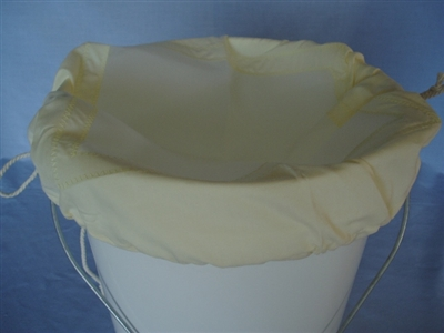 Cotton and Nytrel Strainer to fit a 13 kg bucket