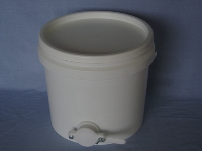 13 kg Bucket with gate