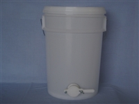 27 kg Bucket with gate