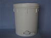 34 kg Bucket with gate