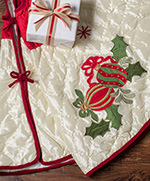 54 inch Quilted Holiday Tree Skirt