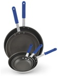 Vollrath Wearguard Silverstone Professional Fry Pan - 8 in.