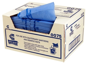 Pro-Quattm Medium Duty Quarter Fold Red Foodservice Towel - 13 in. x 21 in.