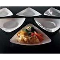 EMI Yoshi Triangle Dinner Plate - Clear