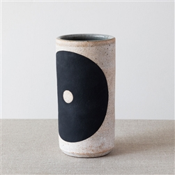 MQ Black Hole Vase