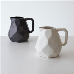 Battuto Pitcher