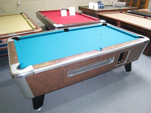 Valley Commercial Style Foot Pool Table - Valley coin operated pool table