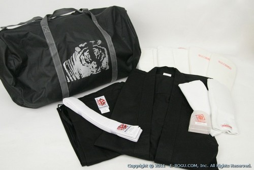 Karate uniform + Protectors + Bag combination