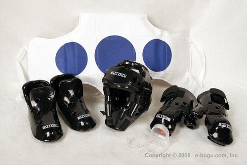 Sparring Set B (Dipped Foam Head Guard, Gloves, Speedy Kick, Mouth Guard & Soft Body Protector)
