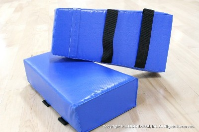 Punching Pad Blue Vinly
