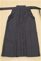Outlet Navy Blue Tetron Hakama - Size 23