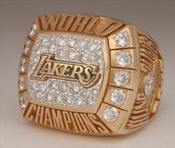 "2000 Los Angeles Lakers NBA ""World Champions"" 14K Gold Ring With All Real Diamonds"