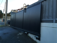 Cantilever Slide Gate with Nice Robus 400